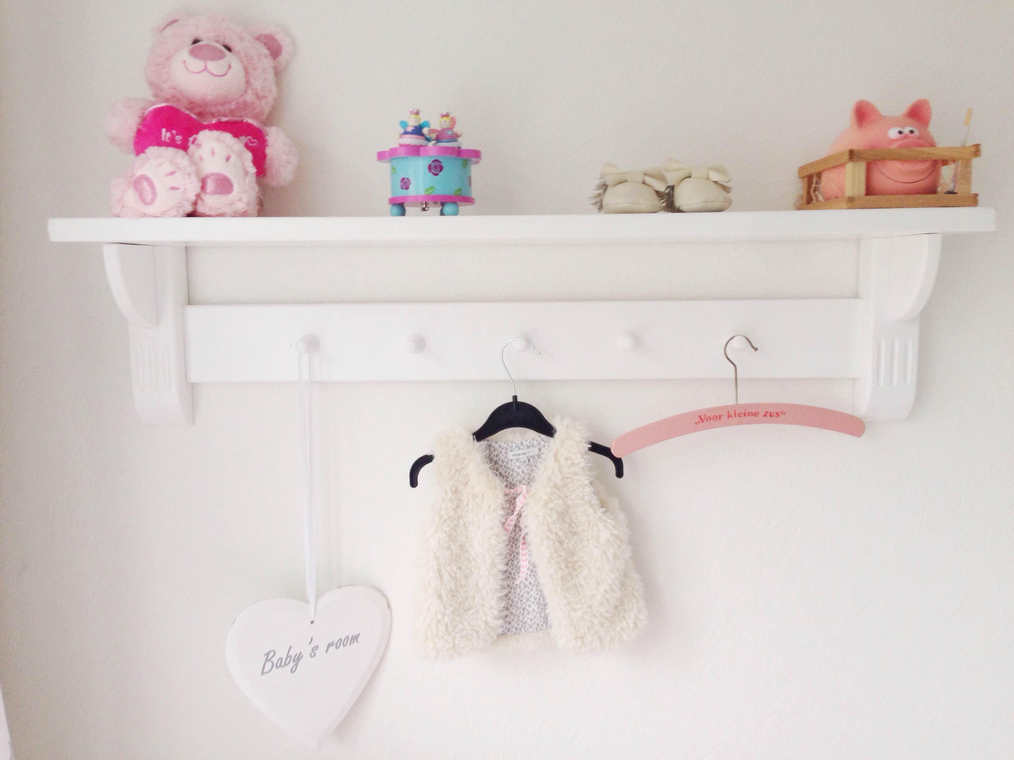 Schommelstoel Babykamer Marktplaats : Binnenkijken bij babykamer tips en inspiratie babylabel